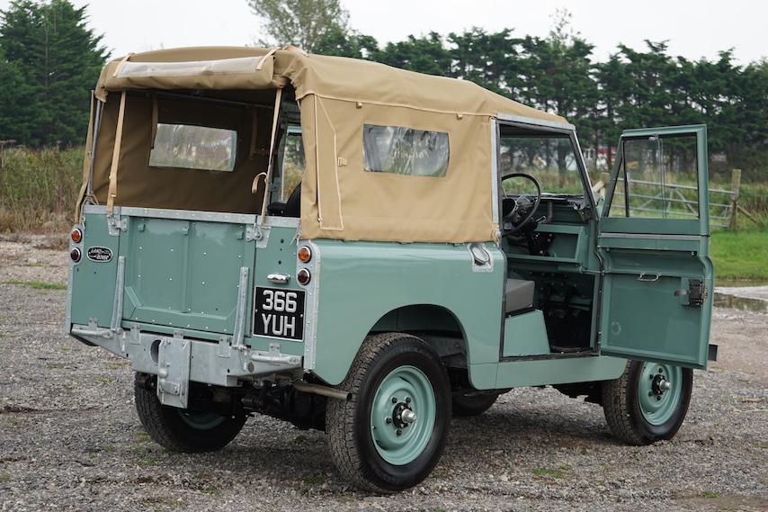 Land Rover Series 2a 88 U0026quot  1962 Softop Nut  U0026 Bolt