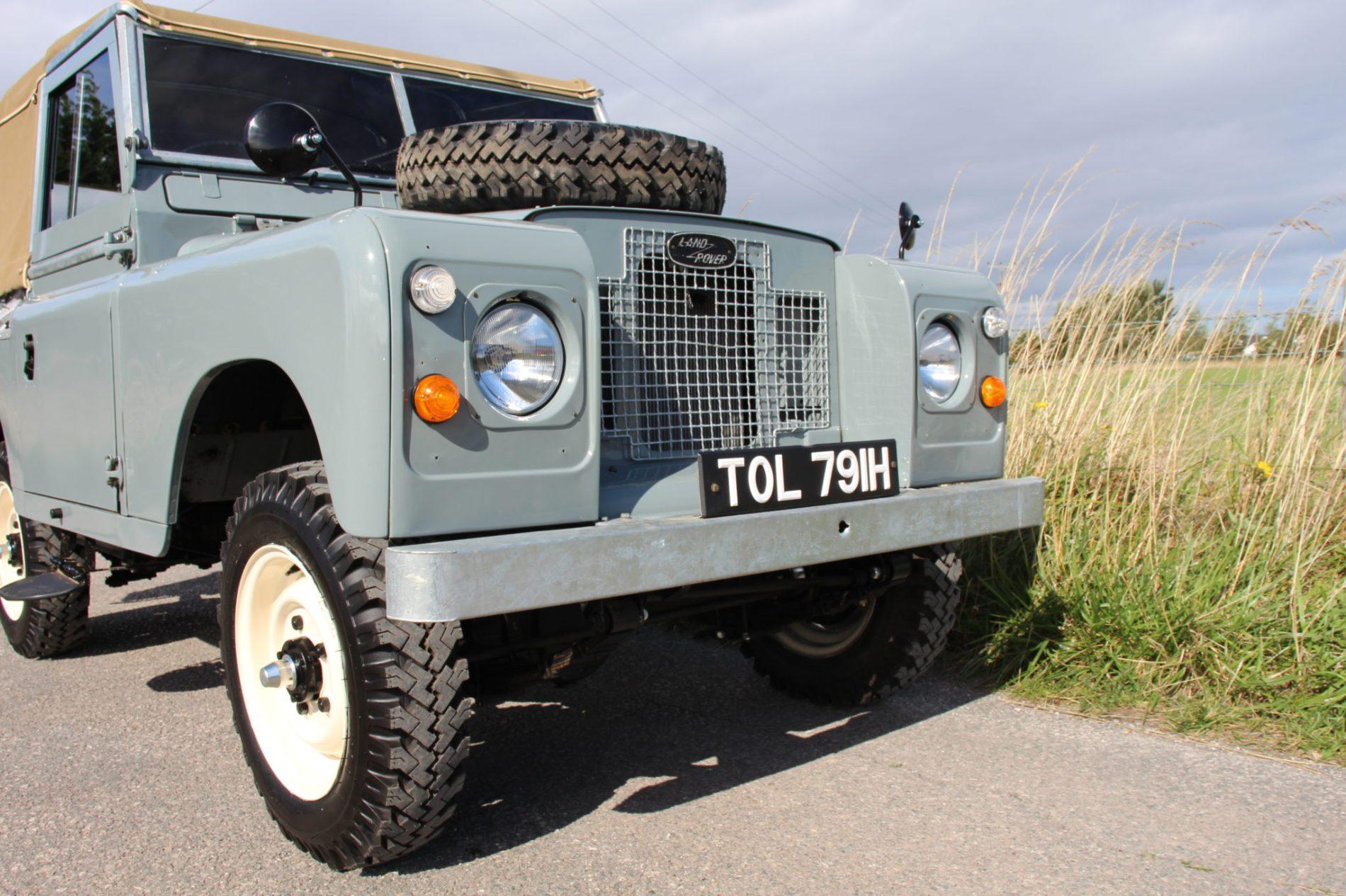 Land Rover Series 2a 88 U0026quot  Soft Top Nut  U0026 Bolt Restoration